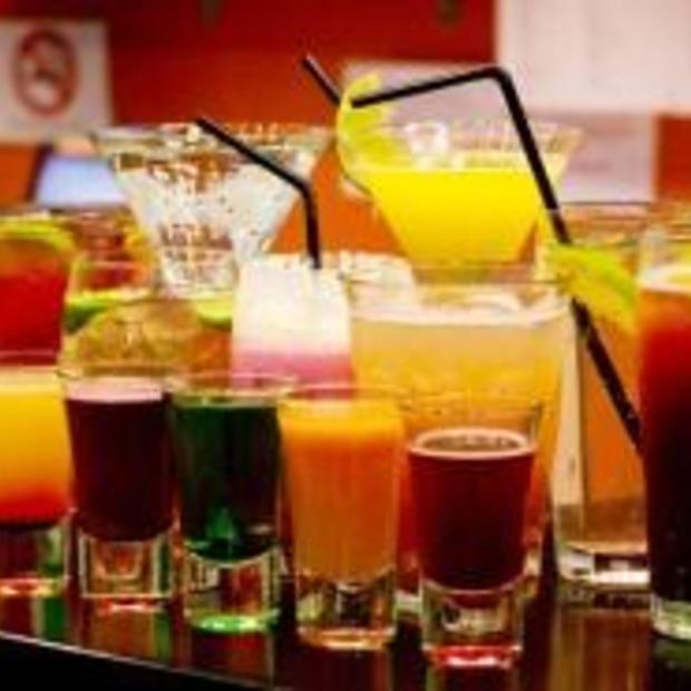 Wie zijn de grootste drinkers op vakantie?