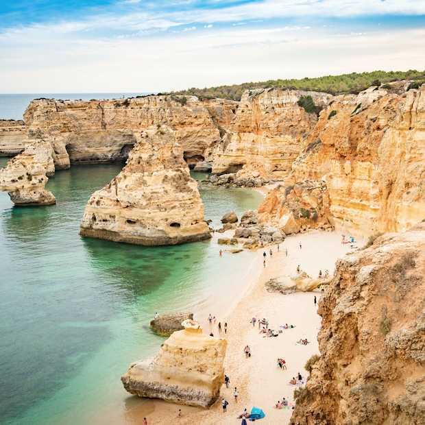 """Seven Hanging Valleys in de Algarve is het mooiste wandelpad van Europa"""