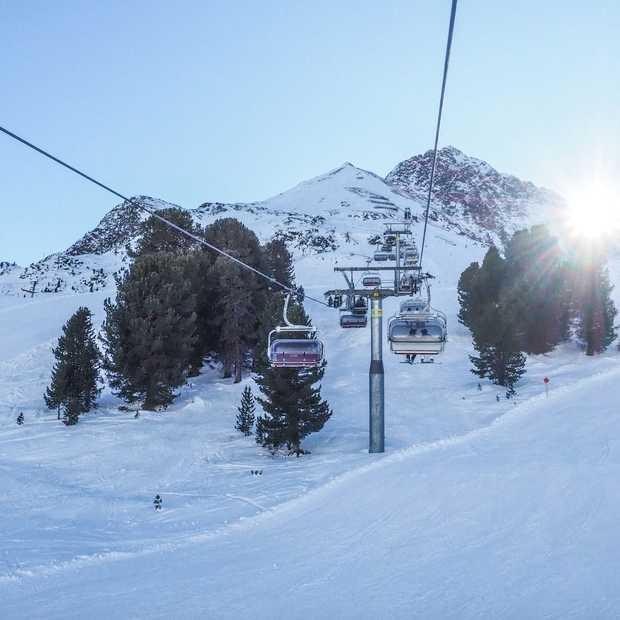 Deze 13 skigebieden kun je vanuit Innsbruck met één skipas bereiken