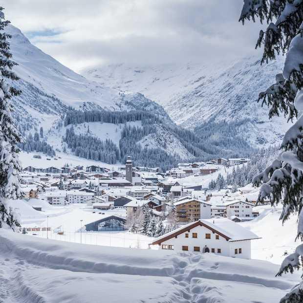 In deze zeven skigebieden in de Alpen valt de meeste sneeuw