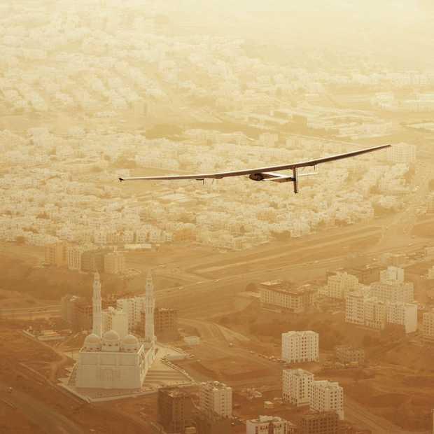 Solar Impulse 2 vliegt op zonne-energie de wereld rond