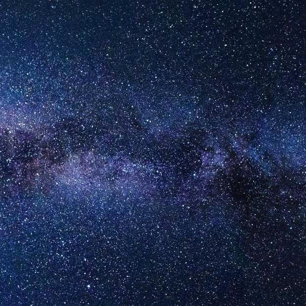 Zaterdagavond - omhoog kijken: Elon Musks Crew Dragon vliegt voorbij