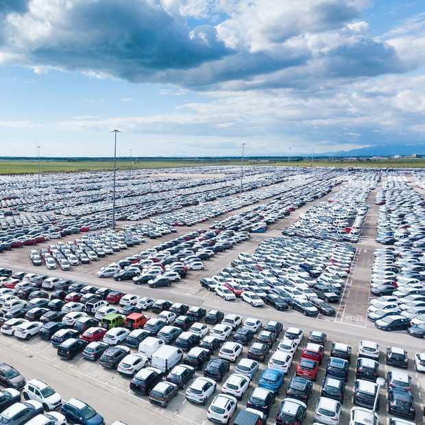 Parkeren rondom vliegvelden: een handig overzicht