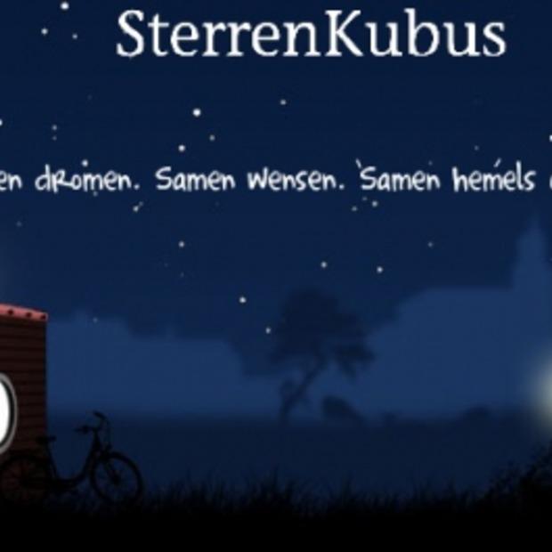 Vallende sterren tellen vanuit een knusse Sterrenkubus