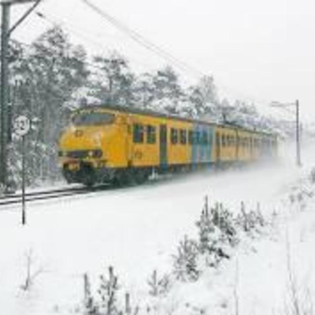 Wintershuttle: goedkope nachttrein naar de sneeuw