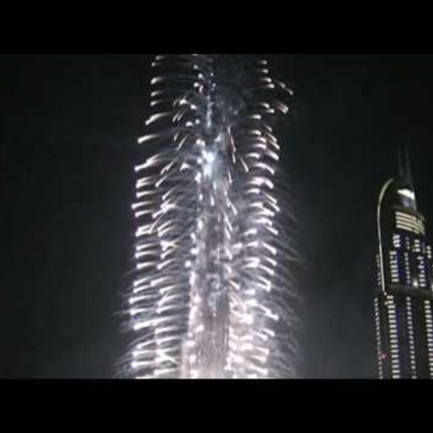 Video: World tallest building fire works opening 04-01-2010