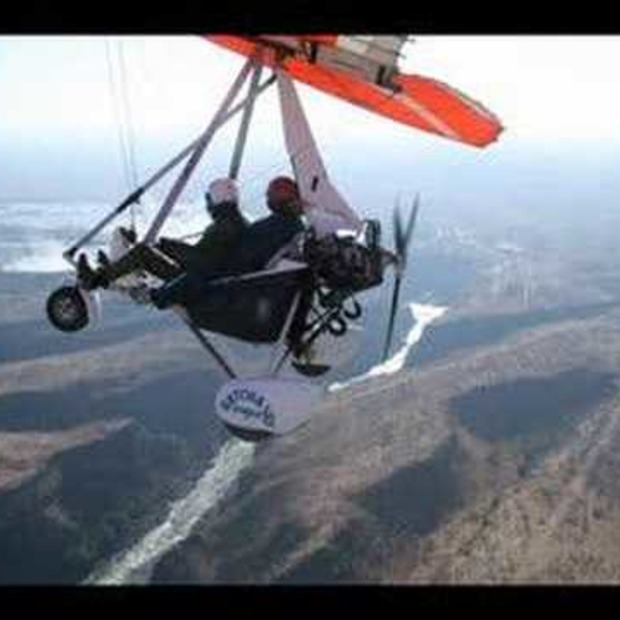 Video: Microlight vliegen boven de Victoria Falls