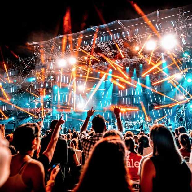 Combineer jouw zomervakantie met deze toffe festivals in het buitenland