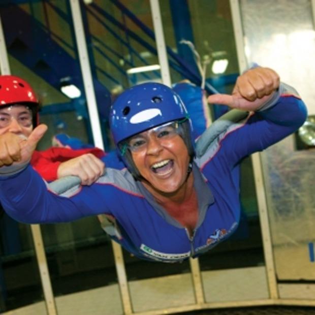 [Adv] Leuke tip voor dagje weg: indoor skydiven in Roosendaal!