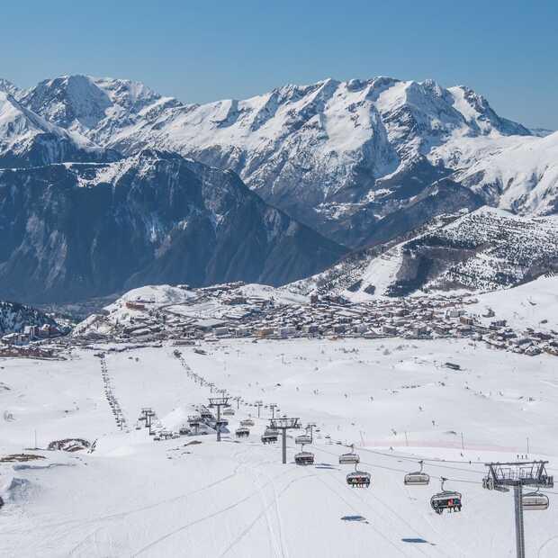 De vijf coolste dingen om te doen tijdens een wintersport in Alpe d'Huez