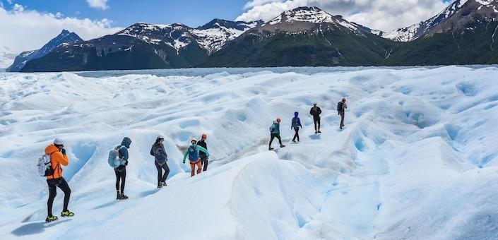 Een Big Ice Trek op het eeuwige ijs van de Perito Moreno gletsjer